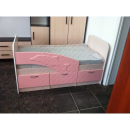 Детская кровать  Дельфин 1,8 розовый